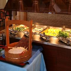 ★楽天限定ポイント10倍!★タラバ蟹・茸・旬菜の山海鍋と牛ロース一口陶板焼きプラン