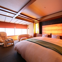 【モダン和風ダブル】特注ベッドと寛ぎの空間■禁煙1〜2名
