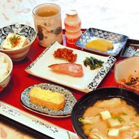 【2食付】ボリューム満点のお食事が好評♪延岡駅近のアットホームな宿