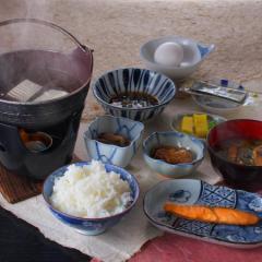 【貸切風呂で寛ぐ】夕食は7品★お野菜のボリュームたっぷり!自家製味噌鍋プラン♪【2食付】