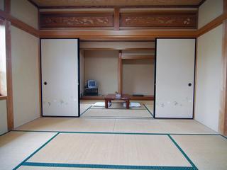 現金特価、2世帯でもok和室6畳+8畳