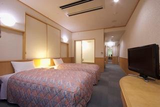 本館 洋室 バリアフリーツイン 山側 〈 3階 310 〉