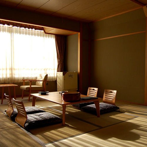 MAIN BUILDING STANDARD FOREST VIEW JAPANESE STYLE ROOM WITH DINNER