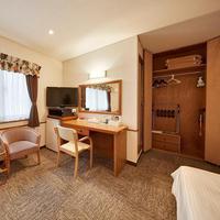 【さき楽45+2連泊】早期予約がおトク♪♪クラウンホテル沖縄(本館)《朝食付》