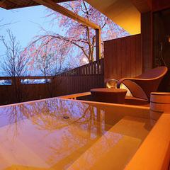 専有露天風呂付★木の温もりを感じるあなただけの檜風呂と讃岐の山海の幸を味わい尽くす特撰グルメプラン