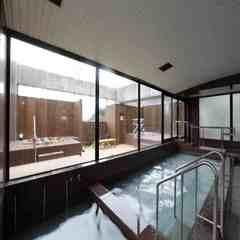 『喫煙ルーム』素泊プラン <天然温泉&お泊りのみ> 27.8平米の広々ツインルームステイ♪