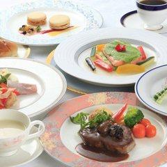 【旅館-RYOKAN-で洋食】洋食料理長が腕を振るう!匠の洋食ぷらん☆