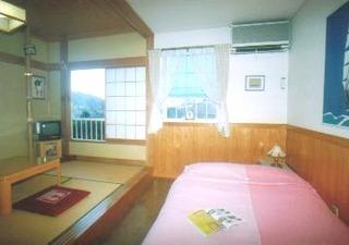 ダブル+和室4.5畳(おおるり)