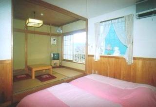 ツイン+和室5畳(こじゅけい)