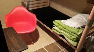 女子旅のんびりアジアン簡易個室 二段ベット、鍵付き(1~2名