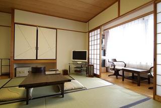 3階【朱雀】京都タワーが見えるお部屋