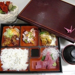 【贅沢プラン】ルームシアターカード・夕食弁当・地ビール・QUOカード付プラン