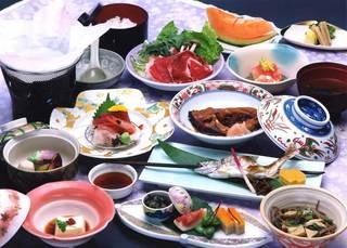 季節の会席宿泊プラン レストラン食【温泉】