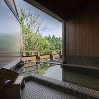 【青碧-せいへき-】客室露天風呂から由布岳ビュー 和洋室離れ
