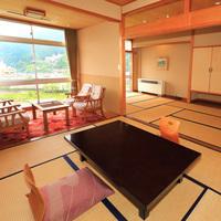 飛騨川と日本庭園を望む9畳+6畳の2間★15畳和室