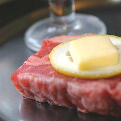 【最高ランクA5等級】下呂に来たらやっぱり…とろける飛騨牛ステーキ120g付き会席料理