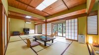 【雅】1階・庭園を望む和室/檜風呂(禁煙)