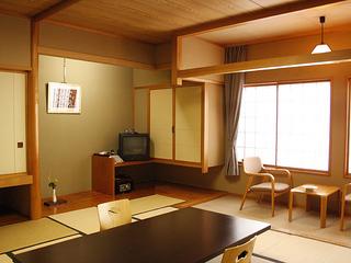 和室 (お部屋はおまかせで)