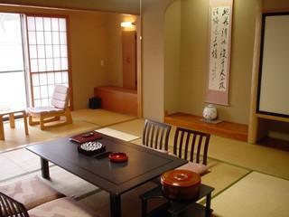 新和風館和室【10畳〜】全室バス・ウォシュレットトイレ付
