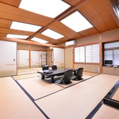 大きな離れ家1棟貸切 2〜8名(17.5畳又は12畳+8畳)
