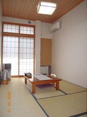 本館和室7.5畳★喫煙室Wi-Fi 利用可能!