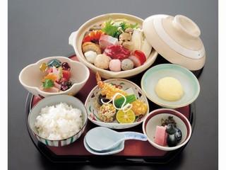 【ちゃんこ鍋夕食+朝食付】両国ならではのちゃんこ鍋膳付1泊2食付プラン
