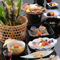 【嬉しい特典付】お食事はのんびりと♪優雅にホテルディナー★和・洋が選べる旬彩プラン