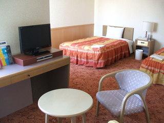 【4名仕様】特典はアウト11時・家族旅行、卒業旅行に♪4名1室の素泊プラン