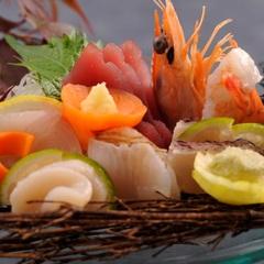 【平日限定】【一人旅プラン】お食事処は個室確約●贅沢プライベートな美食の夕べと絶景温泉を心ゆくまで…