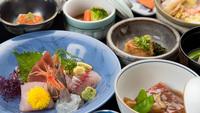 【春夏旅セール】温泉は2種類の自家源泉かけ流し♪絶景露天&磯料理●スタンダード(部屋食)