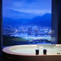 【素泊まり】目線の先には煌めく『世界新三大夜景』全室オーシャンビューの最上級デザイナーズホテル