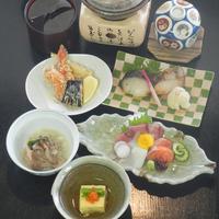【スタンダード2食】名勝・闘竜灘を眺めながら四季折々の美味に舌鼓(四季会席・亀)