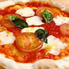 【アッパレしず旅】パリっパリの薄焼きピザと手作りパンが大人気!◆アップルシード満喫プラン