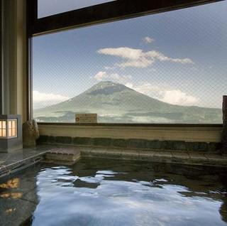 【羊蹄山側】   展望風呂付和室32平米