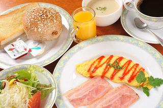 ファーストシーズン充実の朝食付きプラン♪【和洋選べる朝食付き】