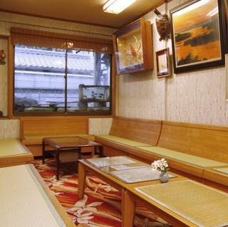 【名物料理】伊勢エビ丸ごと一匹活鮮焼付グルメプラン[1泊2食]【現金特価】