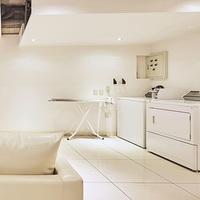 【素泊まり】でお得♪ミニバー、WiFi無料!温水洗浄付トイレ、ジェットバス、コインランドリー完備