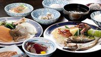 【1泊朝食付き】和食膳と近海産干物・海鮮茶漬付