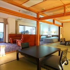 貴賓室(10畳+8畳+リビング20畳+檜露天風呂)