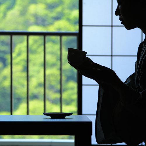 【13時OUT】 小原庄助さんが愛してやまない「朝寝・朝酒・朝湯」を体験!22時間のんびりステイ♪