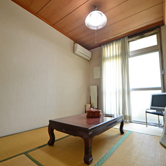 旧館和室4.5畳〜6畳