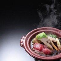 【美食晩餐】少量美味な夕食コースに舌鼓。量控えめでお手頃に満喫【日本料理1泊2食・渥美牛すきやき 】