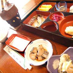 【新鮮素材をその場で目利き】素材チョイス☆朝食付プラン<現金特価>