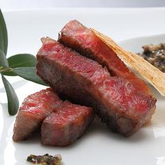ちょっぴり贅沢!グルメな島旅★夕食はバイキング+甘みと旨みが絶品のオリーブ牛ステーキ付