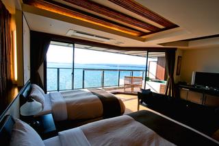 ◇素泊まり/露天風呂付特室/抱月◇ 海を見晴らす客室