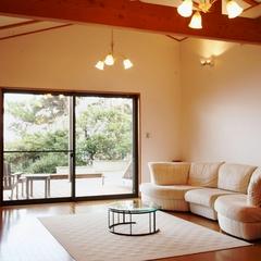 露天風呂付き離れ客室(室内55平米+テラス27平米)