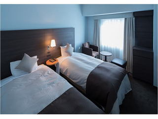 たまには贅沢に◆ツインルームを1人占めでゆっくり休息◆朝食付きプラン