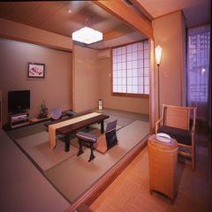 ゆったり広めの一般和室10〜15畳