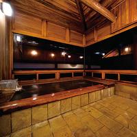 ★【草津温泉三つの貸切風呂】★エアコン無しトイレ洗面別★