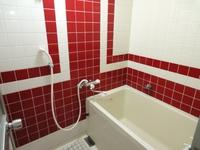 『早割り30』★2段ベットの個室 無料LAN バストイレ 簡易調理器具付き!!